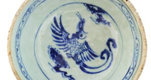 "Yuan Dynasty, blue-and-white ""Yi' pouring bowl sold to an online bidder in Malaysia for €28,000  (€2,000-€3,000)"