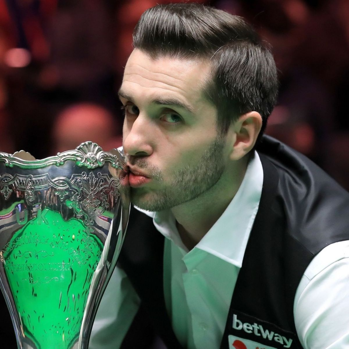 Mark Selby sets standard Ronnie can't match to win UK Championship