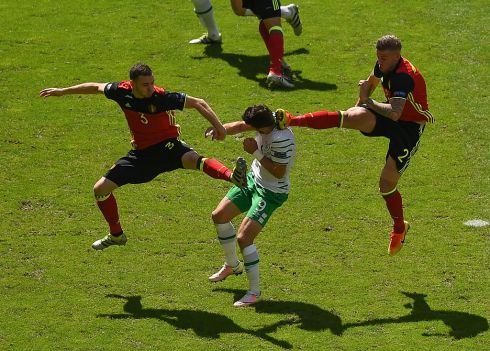 Shane Long of Republic of Ireland in action against Thomas Vermaelen, left, and Toby Alderweireld of Belgium during the Euro 2016 match in Bordeaux. Photo: Ray McManus/Sportsfile via Getty Images