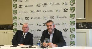 Cabinteely chairman Larry Bass (right) with the club's new manager/director of football Pat Devlin at a press conference in Dún Laoighaire yesterday.