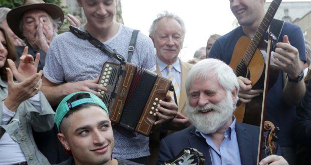 RTÉ urged to promote Irish music and artists