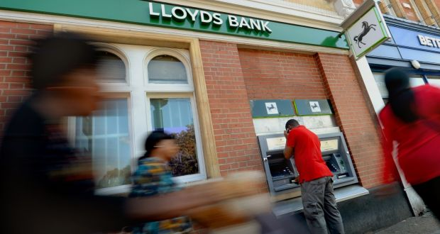 Lloyds buys mbna credit cards business for 19bn reheart Gallery