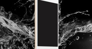 Water resistant smartphones reached 22.5 million units in the first nine months