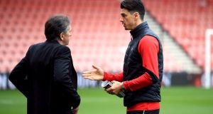 Southampton captain José Fonte, pictured speaking to manager Claude Puel, has handed in a transfer request. Photograph: PA/John Walton