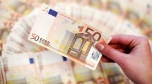 Government gross debt stood at €202.1 billion, equivalent to 77.1 per cent of GDP at the end of September 2016