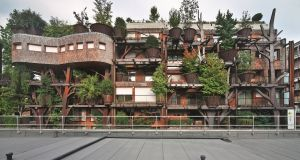 25 Verde in Turin by Luciano Pia.