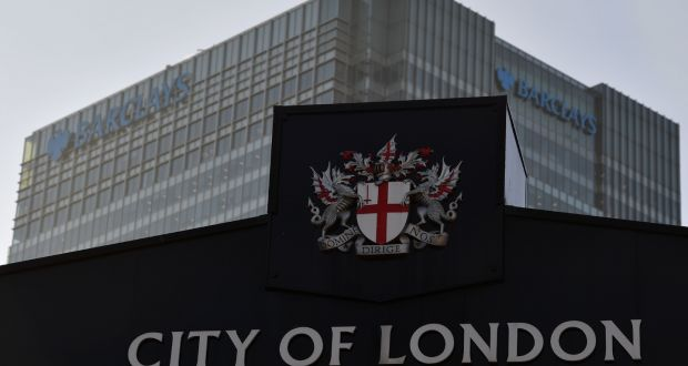 us bankers may delay brexit jobs move from london s city