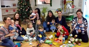 Parents and children meet monthly at the London Irish Centre in Camden to sing songs and read stories as Gaeilge.
