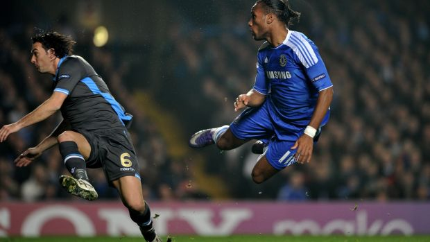 Didier Drogba heads past Morgan de Sanctis to open the scoring. Photo: Getty Images