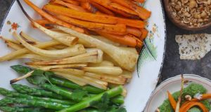 Super green hummus and roast root vegetables