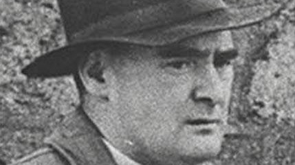 Flann O'Brien once joked in an Irish Times column that the average English speaker gets along with a mere 400 words while the Irish-speaking peasant uses at least 4,000.