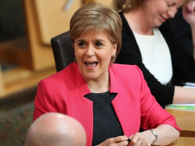 Sturgeon Hits Back at May With Demand for Pre-Brexit Scots Vote