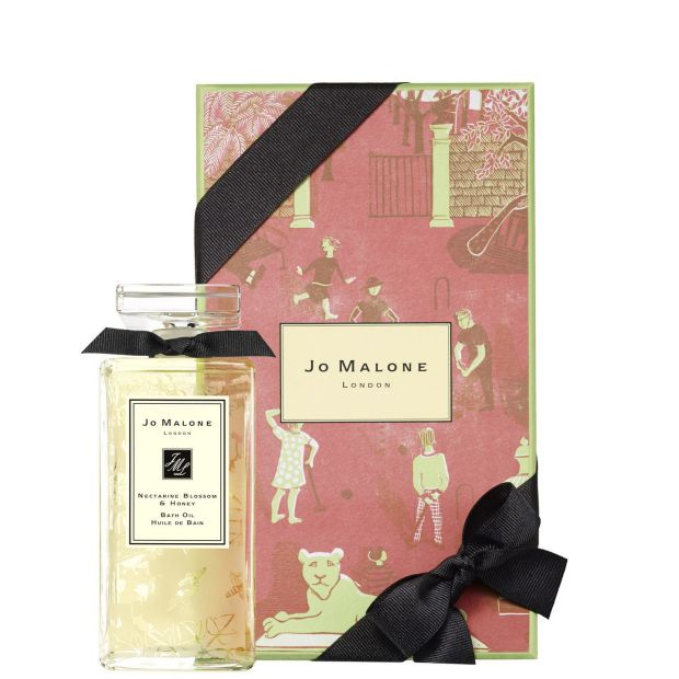 Dominique's favourite: Jo Malone London Nectarine Blossom Honey Bath Oil (Limited Edition €80, Brown Thomas). Treat Mum to something a bit extravagant. She's worth it.
