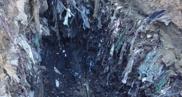 d68a8805c35 Waste at Whitestown  Material found at the dump included hospital waste