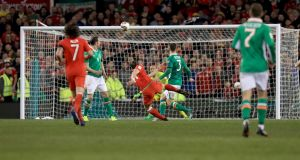 Bale's long range shot late on came within inches of giving Wales a winner. Photo: Donall Farmer /Inpho