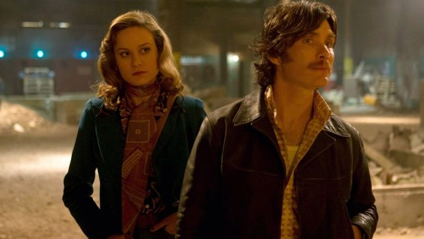 Seventies Flair Brie Larson And Cillian Murphy In Free Fire