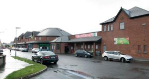 Kinnegad Town Centre comprises the Eurospar anchor unit, six other ground-floor shops  and seven first-floor apartments