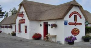 An Seanachaí, Bar & Restaurant (together with 12 purpose-built holiday homes) located at Pulla Cross, Dungarvan, Co Waterford