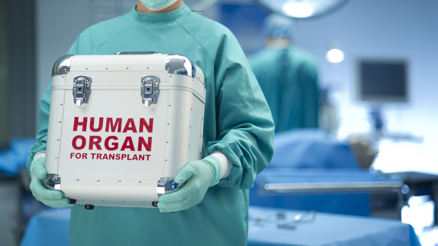 an analysis of risk involved in organ transplant or organ donation Hbo's tales from the organ trade ethical dilemmas surround those willing to sell, buy the beauty of kidney donation compared to other organs.