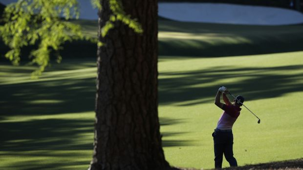 Golfers Garcia, Rose tied at top spot in The Masters