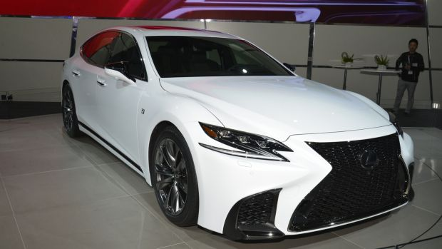Lexus unveiled the F-Sport version of the new LS, which comes with the same hybrid drivetrain as the standard model, but which is the first overtly-sporting version of its big saloon