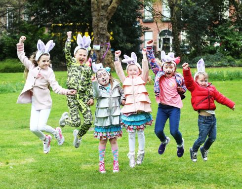 EASTER FUN: Annabel Connick  (centre on left ) having fun with her friends  at the Cadbury Easter Egg Hunt 2017 in aid of Barnardos at Merrion Square, Dublin 2. Photograph: Leon Farrell/Photocall Ireland.