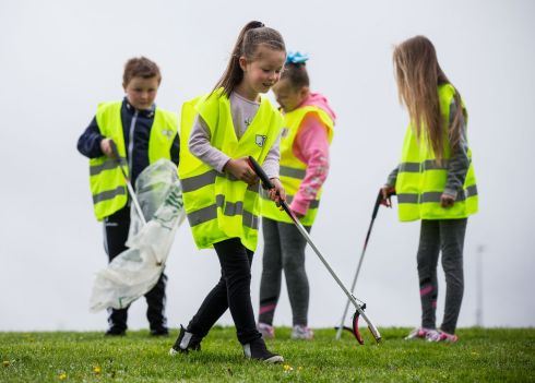 JOINT EFFORT: Europe's biggest ever one-day clean-up took place in Limerick today. More than 16,500 people took to the streets of Limerick city and county to take part in the occasion. Pictured taking part in the Team Limerick Clean-Up at Moyross was Lexie Cierans (7) with her friends, Conor Quaid (9) Cara Quaid (8) and Kym Shinners, 13. Photograph: Cathal Noonan/Alan Place Photography.