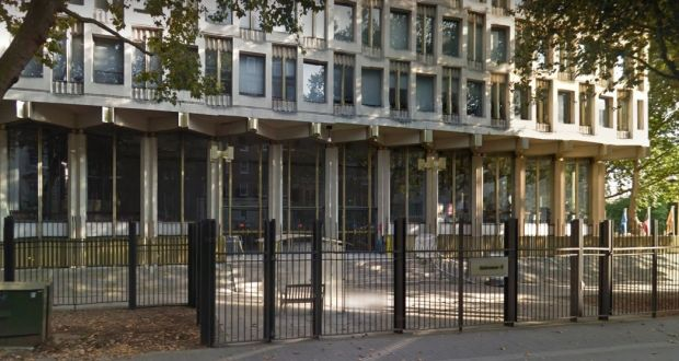 The Us Embassy In London England Photograph Google Maps