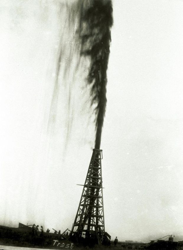 The Lucas Gusher blows out oil January 1901, on Spindletop hill in Beaumont, Texas. Anthony Lucas's gusher, the first in Texas, first blew on this day and sprayed more than 100ft above the derrick for nine days until the well was capped. Photograph: Texas Energy Museum/Newsmakers