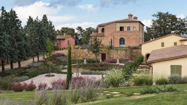 Tuscany: as an alternative to resorts, consider the Cignella Estate.