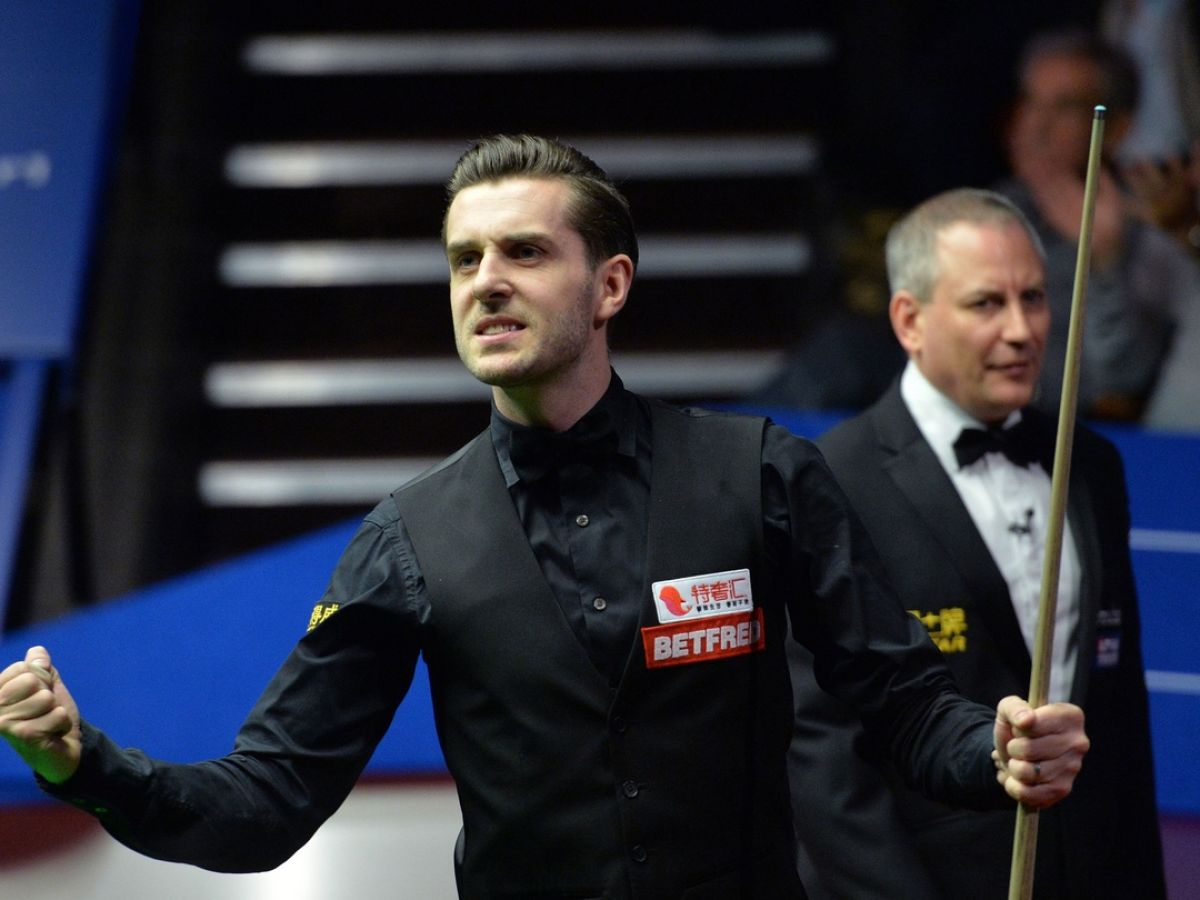 Mark Selby to face John Higgins in bid to retain world title