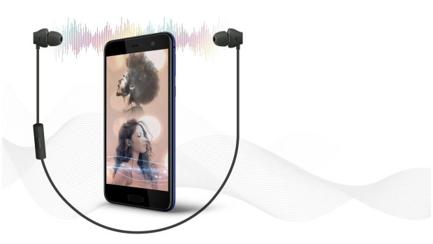 HTC has followed Apple in removing the headphone jack on the U Play