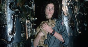 Sigourney Weaver as Ellen Ripley with Jones the cat in Alien. A long-mooted Alien 5, directed by Neill Blomkamp, has been cancelled