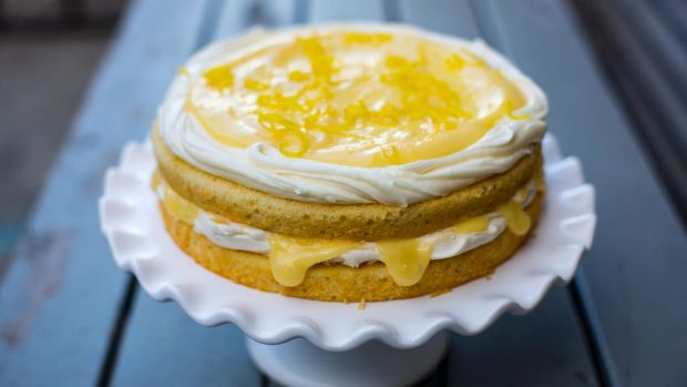 Light Lemon Sponge Cake Recipes: The Ideal Summery Sunday Lunch