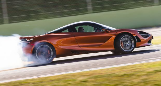 mclaren's new 720s road car puts its f1 racer to shame
