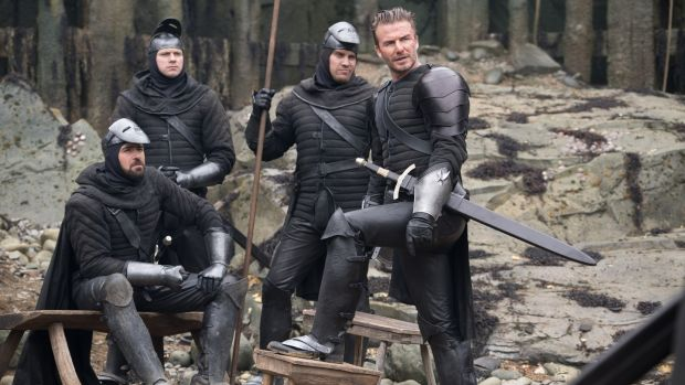 King Arthur, Guy Ritchie and Powers Boothe Walk Into A Podcast…