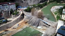 44-year-old bridge in China demolished in seconds