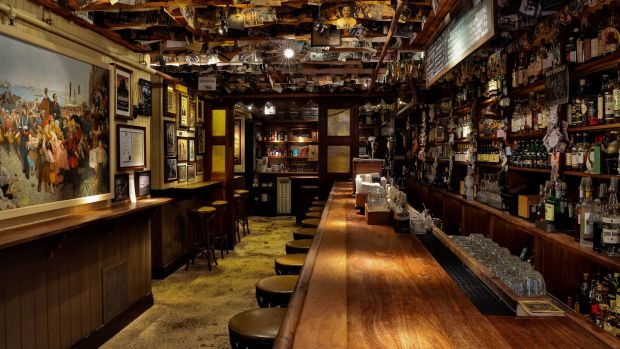 Dead Rabbit Bar NYC