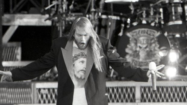 Guns n roses at slane 1992 appetite for self destruction axl rose on stage with guns n roses at slane castle on saturday may fandeluxe Images