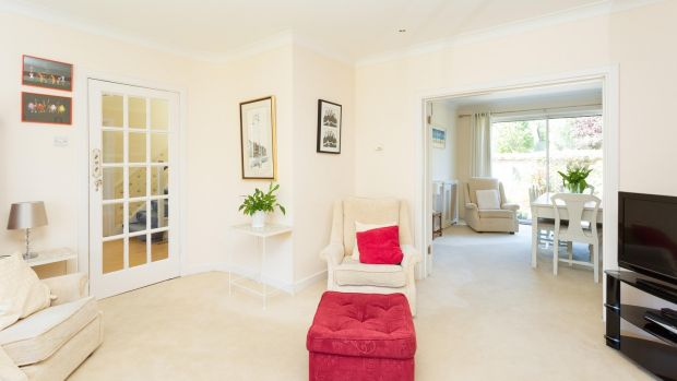 31 Gleann na Smol, Stradbrook Road, Blackrock, Co Dublin living room 2