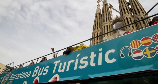Airbnb faces crackdown on illegal apartment rentals in Barcelona