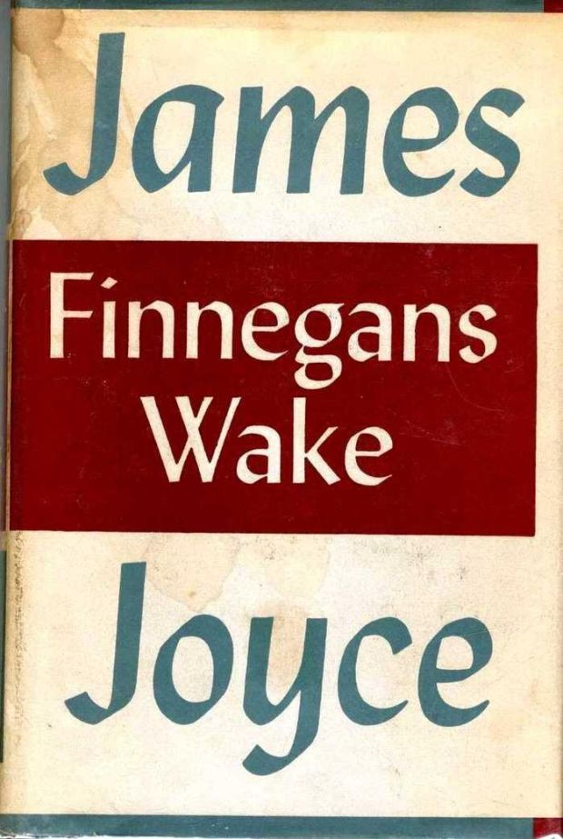 "The scientists at the Institute of Nuclear Physics in Krakow found that structure of 'Finnegans Wake' was ""virtually indistinguishable from a purely mathematical fractal"" The scientists at the Institute of Nuclear Physics in Krakow found that structure of 'Finnegans Wake' was ""virtually indistinguishable from a purely mathematical fractal"""