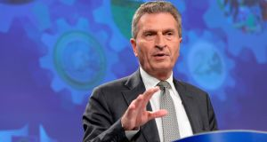 Commissioner  Gunther Oettinger said the EU was ready to begin Brexit talks but it would not  clear whether the British government would be able to join them round the table.