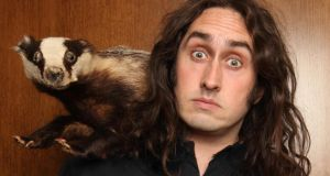 The son of teachers, Ross Noble turned to performance at about the same time that he was diagnosed with dyslexia