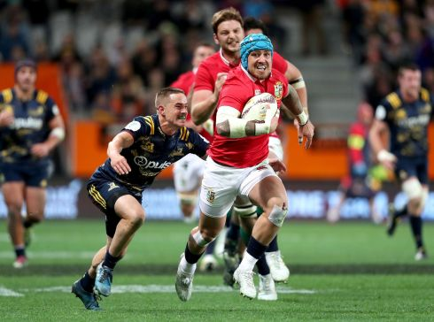 Jack Nowell - Neither impressive nor bad. Was involved in a lot of the plays but his only chance came from a Rhys Webb break. Typically strong and willing but no real fire. Rating 5