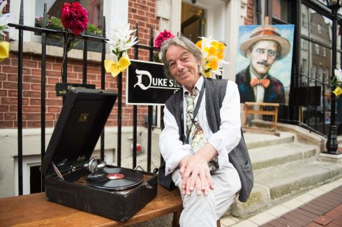 Sé Merry Doyle of the Duke Street Gallery enjoying some Bloomsday tunes.     Photograph: Ruth Medjber