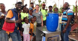 The device that makes muddy water drinkable