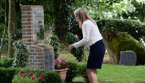Helen Mc Entee , Minister for European Affairs,  laying a wreath at the Francis Ledwidge ceremony. Photograph: Cyril Byrne/The Irish Times