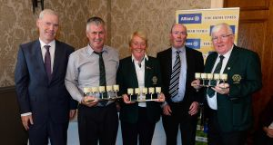 Pacemaker Press Belfast 26-06-2017: The Irish Times golf day sponsored by Allianz at the Malone Golf Club in Belfast Northern Ireland. Irish Times Philip Reid and Allianz Peter Kilcullen pictured with 4th Place winners Greenore Eugene Duffy, Patricia Brennan and Dermot McGuinness. Picture By: Arthur Allison.