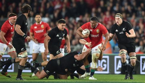 Mako Vunipola - Maybe he needs to cough up a penalty or two to get the juices flowing. Went from four conceded last week to zero but must shoulder some responsibility for the scrum issues. Rating: 5/10